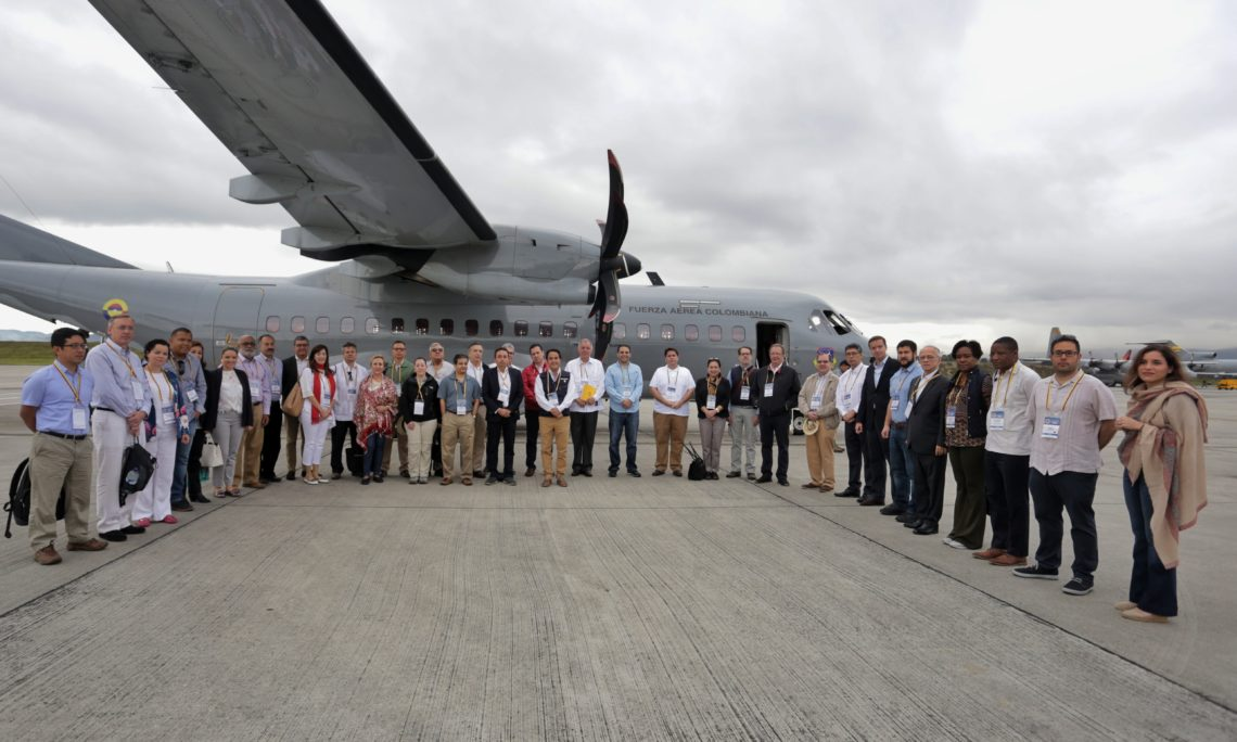 On November 19-20, 2018, seventeen OAS member states participated in a field visit to assess the humanitarian crisis along the Colombia - Venezuela border. The visit was organized by the Colombian government and included representation from the governments of Argentina, Belize, Chile, Costa Rica, Colombia, Ecuador, Guatemala, Guyana, Haití, Honduras, Jamaica, Panamá, Paraguay, Perú, Saint Lucia, Uruguay and the United States represented by Ambassador Carlos Trujillo.